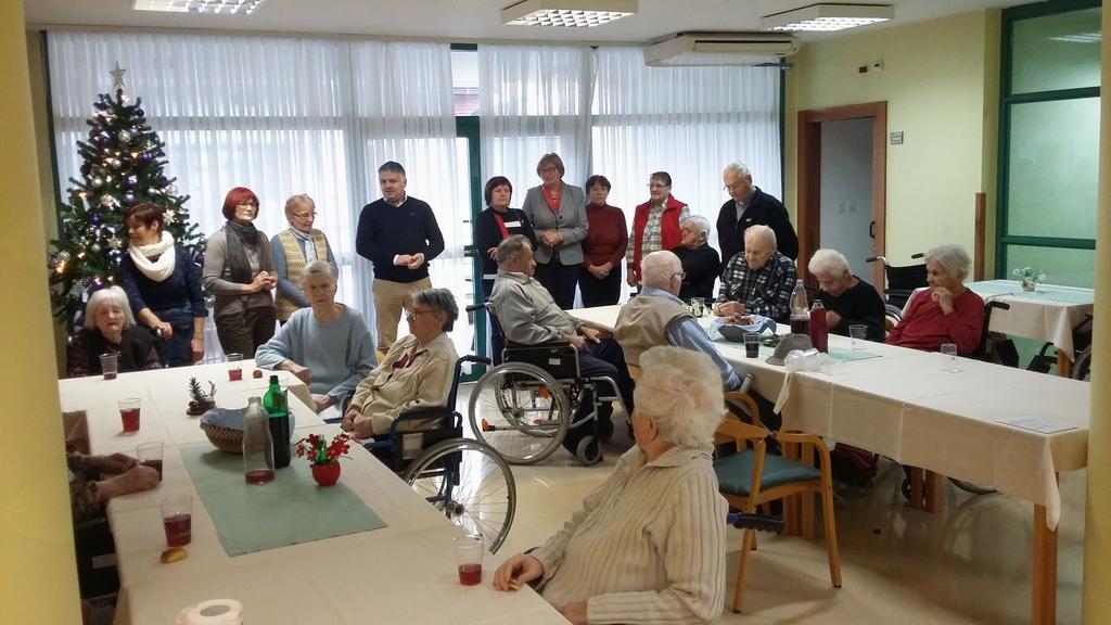 Praznični obiski prostovoljcev KORK Šentrupert