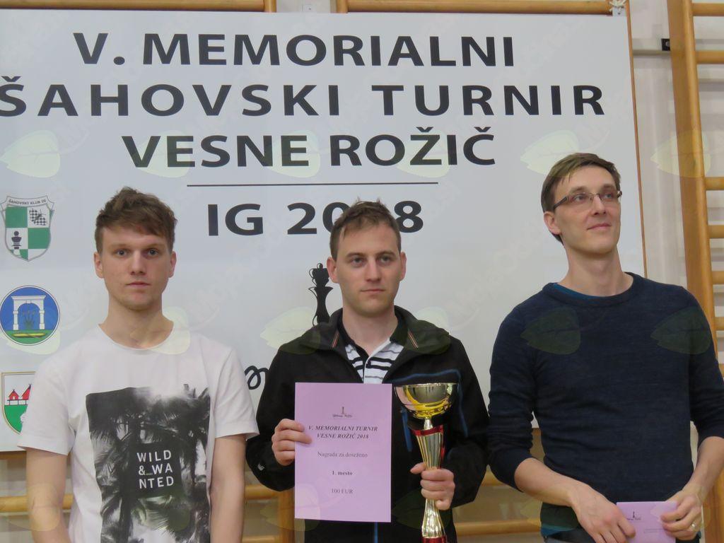 Zmagovalci (z leve): Tim Janželj, Jure Borišek, Matej Šebenik
