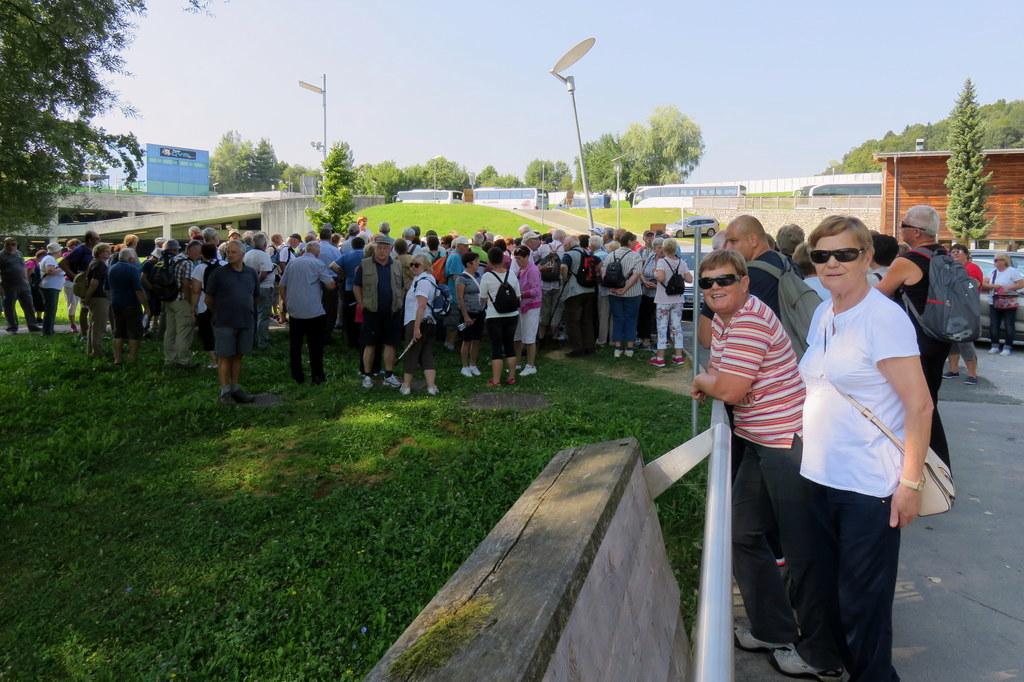 Inavalidsko društvo ILCO za Koroško sodelovalo na pohodu po Novem mestu.