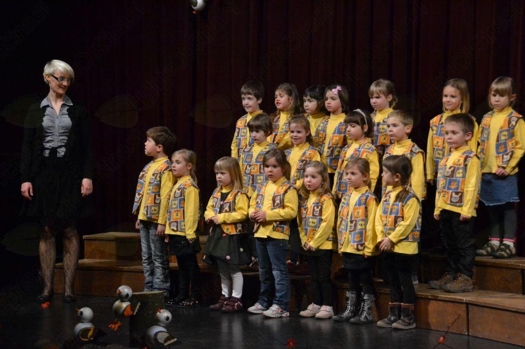 Borovniški zbor Miš-maš
