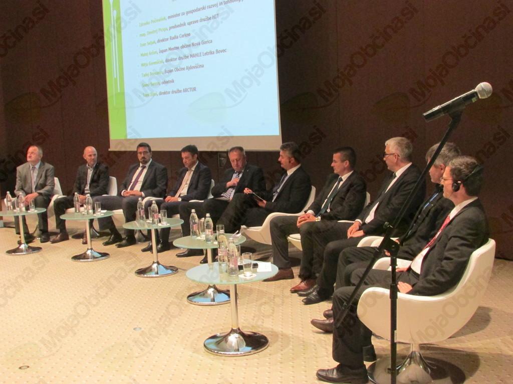 Na XXI. srečanju gospodarstvenikov Primorske spregovorili o možnostih in priložnostih za izboljšanje poslovnega okolja in podelili priznanja najboljšim inovacijam v regiji