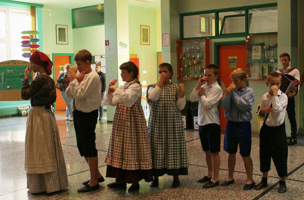 Učenci OŠ Šmartno spoznali lokalna društva in zavode