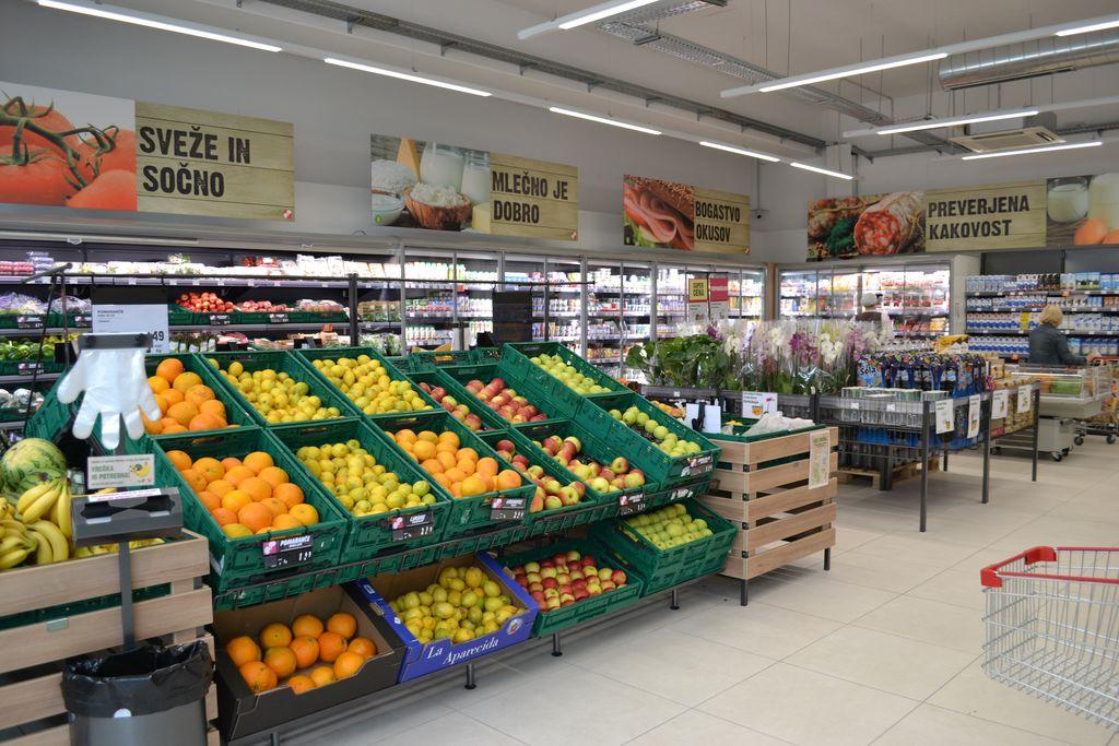 KZ Trebnje odprla nov prodajni center v Žužemberku