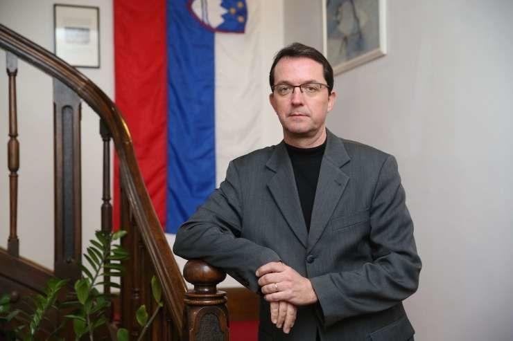 """Inukšuk – pri slovenski misijonarki med kanadskimi """"eskimi"""""""