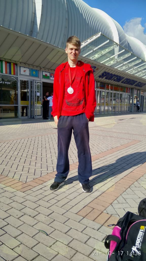 Matevž z zasluženima medaljama