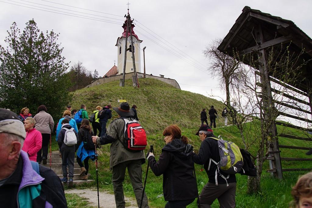 14. pohod po Jablaniški poti 1. april 2017
