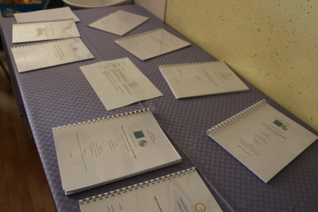 Mladi raziskovalki Srednje šole Zagorje sta se uvrstili v naslednji krog tekmovanja