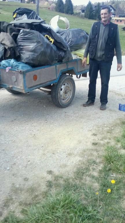 Čiščenje okolja v Pristovi (foto: Marjana Bobik)