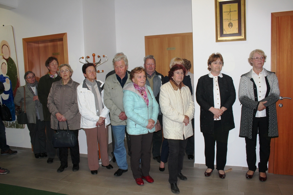 Pisanice in pirhi na razstavi v Jernejevem domu
