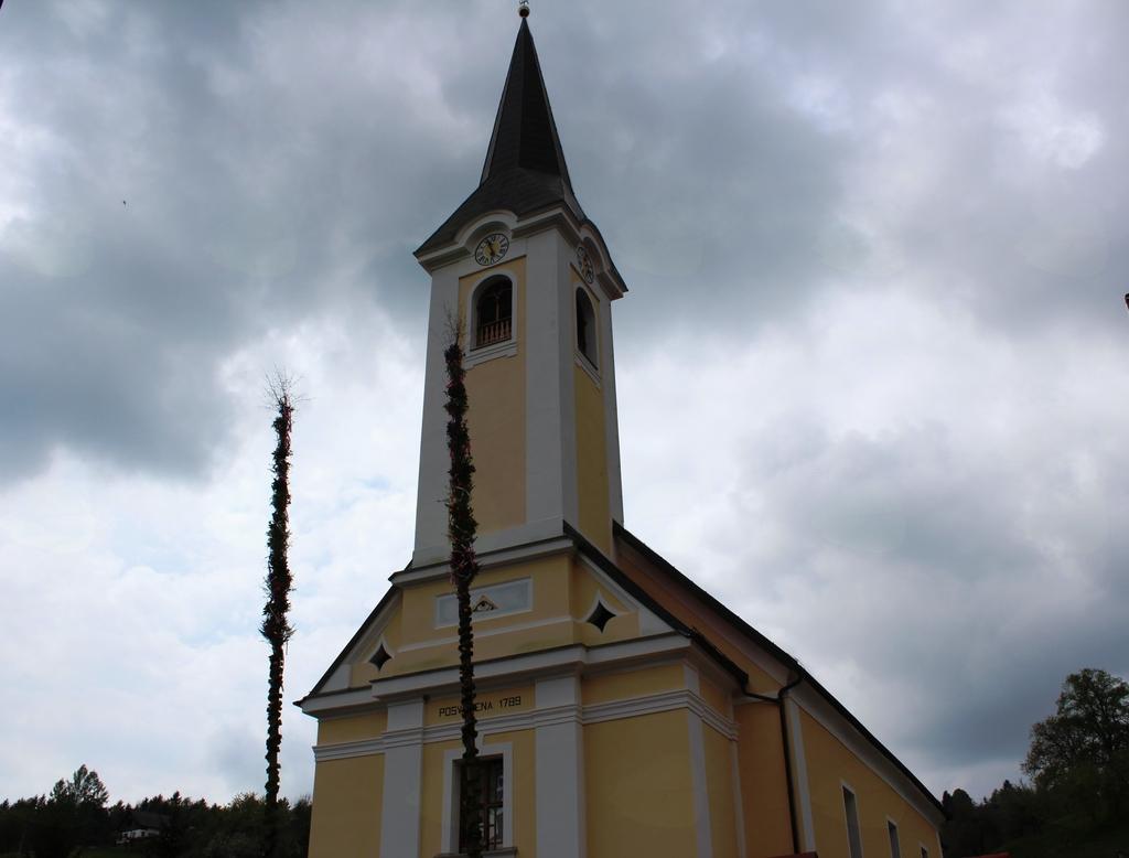 Pogled na cerkev na Frankolovem