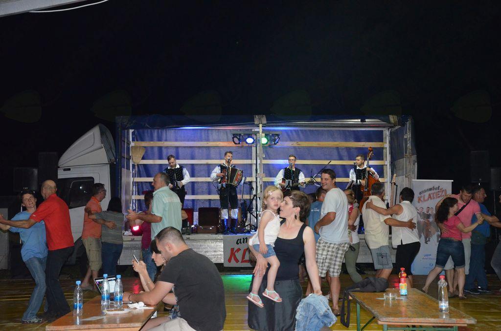 Živahno na plesišču