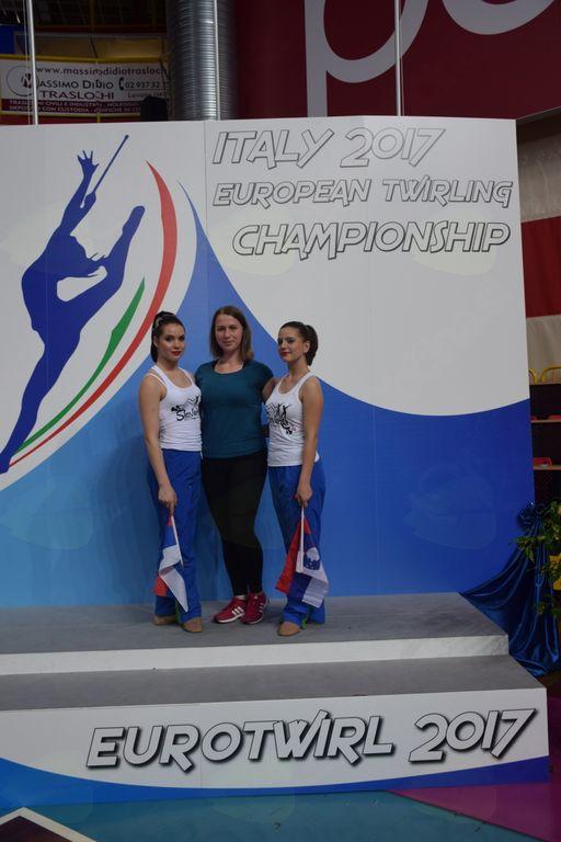 Z leve Eva Mlakar, trenerka Nastja Keršič, Nuša Detiček