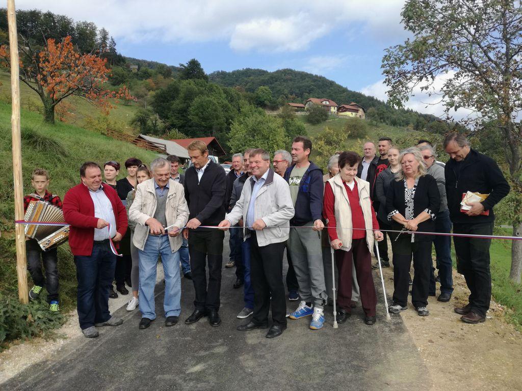 Obnovljena cesta bo olajšala življenje ljudem in pripomogla k večji varnosti.