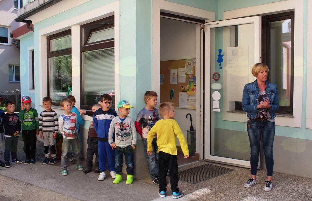 Otroci so pogosti obiskovalci Knjižnice Vojnik.