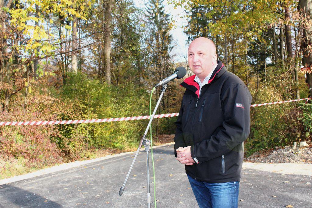 Krajani iz Poti v Konjsko dobili asfaltirano cesto