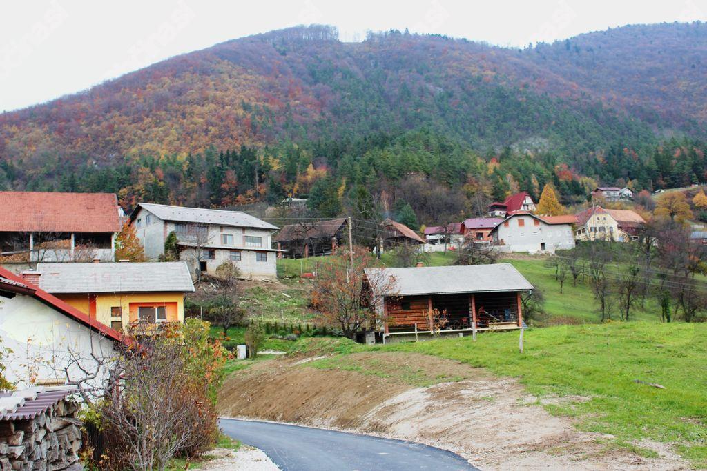 Podgorje pod Čerinom ima nov odsek asfaltirane ceste