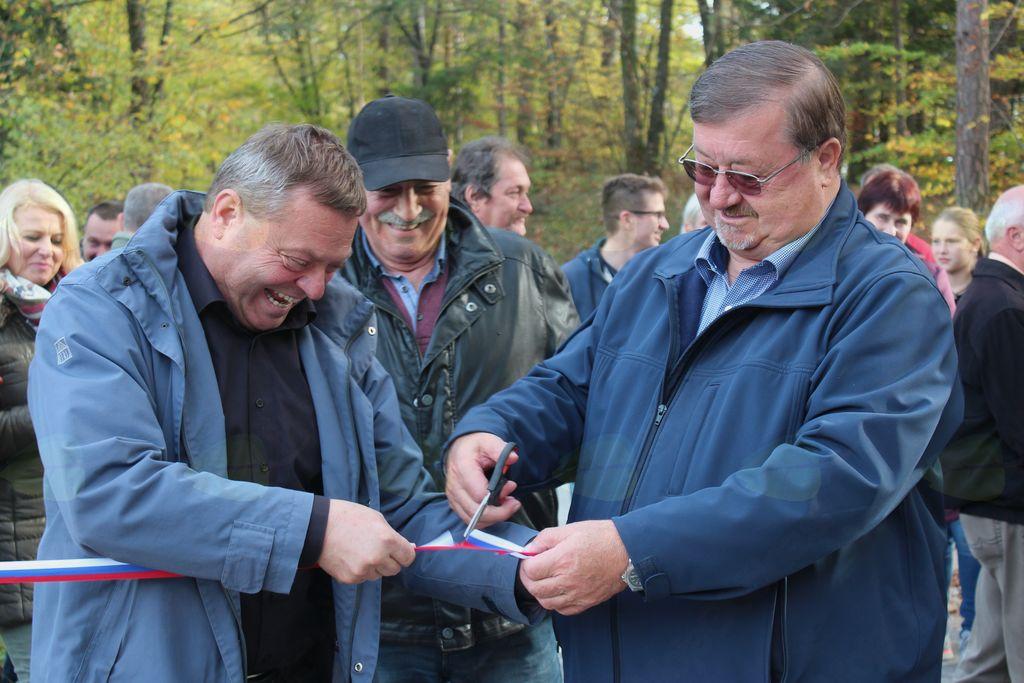 Odprtje ceste v Straži na meji KS Frankolovo–KS Nova Cerkev.
