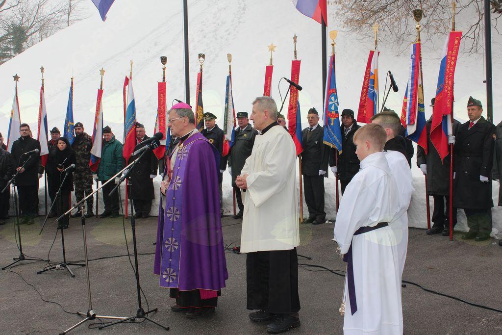 Blagoslov celjskega škofa dr. Stanislava Lipovška