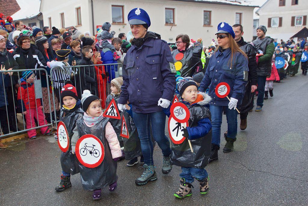 »Da, otroci bodo varni, upoštevaj semafor in znake, da ne narediš napake!«, POŠ Šmartno v Rožni dolini, OŠ Vojnik