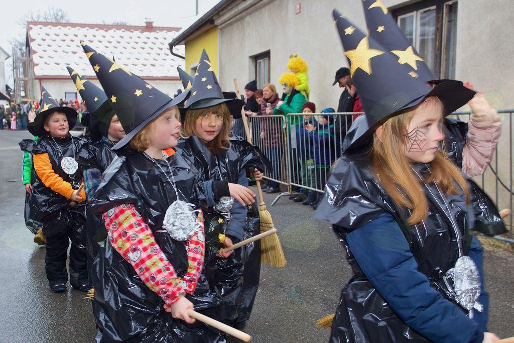 Čas za čarovnijo so sklenili drugošolci b-razreda OŠ Vojnik.