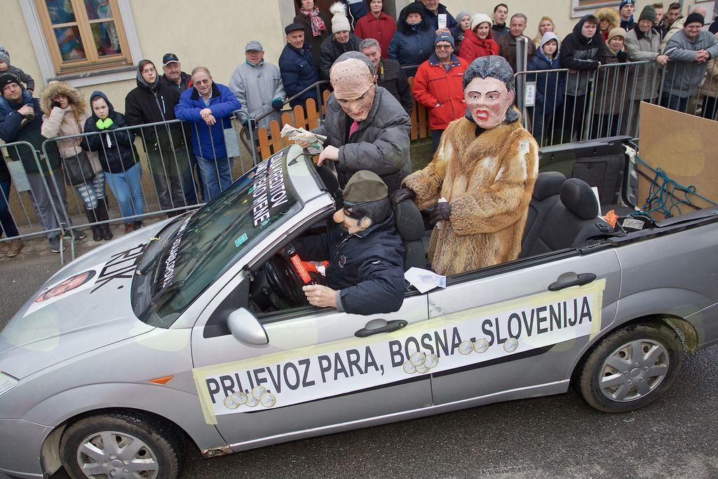 Janez Janša s posojilodajalko Dijano Đurič