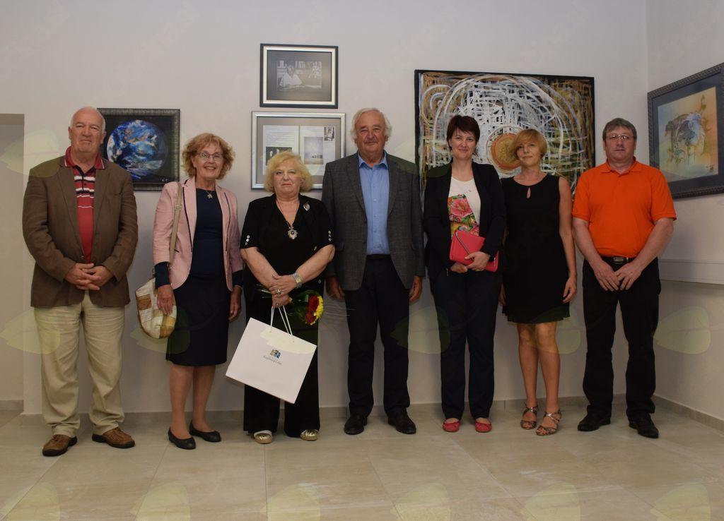 V prostorih Knjižnice Vojnik je potekalo odprtje razstave likovnih del Ksenije Ferenc – velike ljubiteljice in poznavalke umetnosti.