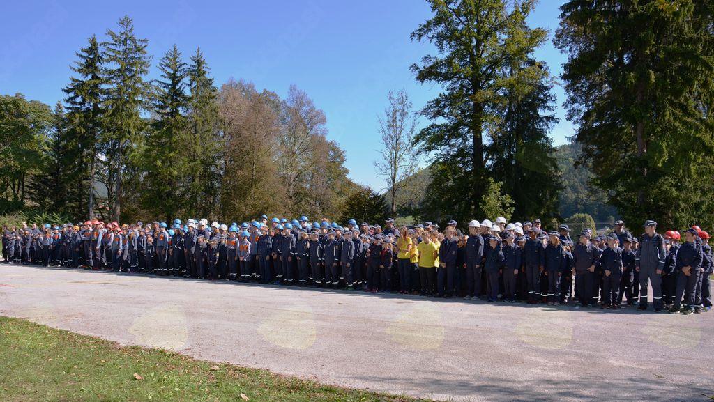 Člani GZ Vojnik-Dobrna na preglednem letnem tekmovanju vseh šestih društev naše zveze na Dobrni.