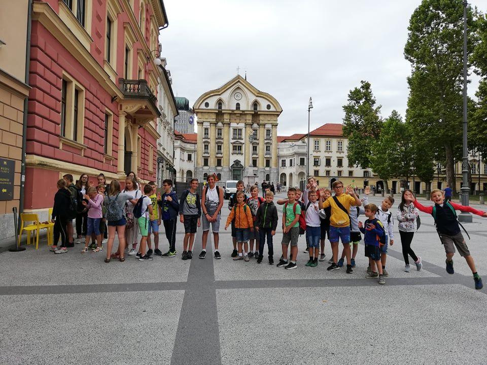 S Knjižnico v Ljubljano, glavno mesto optičnih prevar