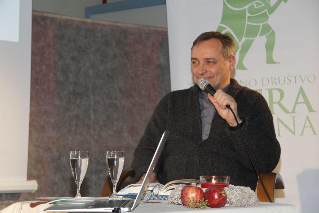 Predstavitev knjige p. Branka Cestnika