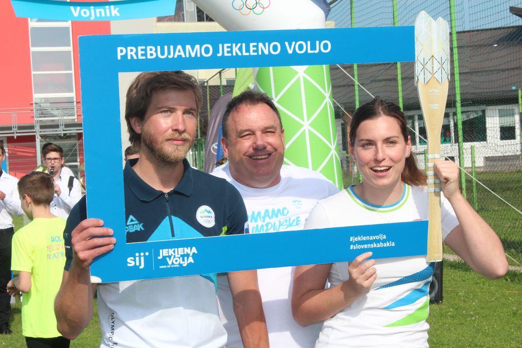 Foto utrinki: Slovenska olimpijska bakla v Vojniku