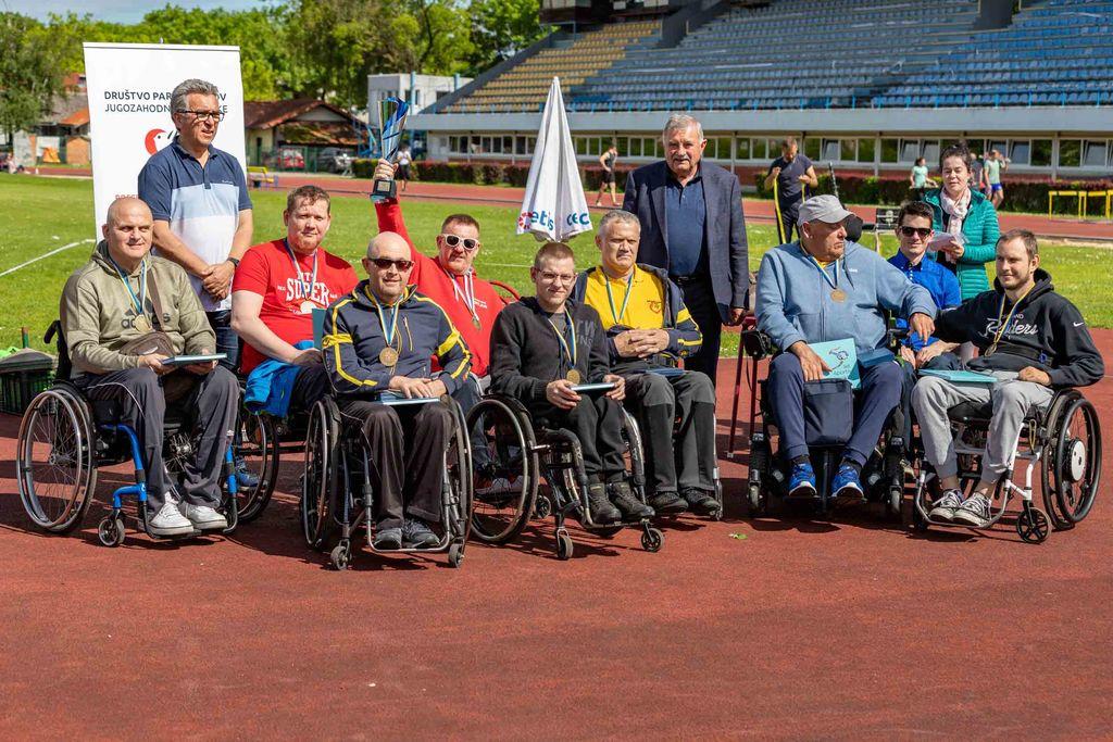 Številni naši športniki so prejeli priznanja za športne dosežke