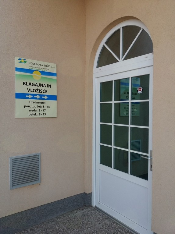 Vhod v novo pisarno in vložišče