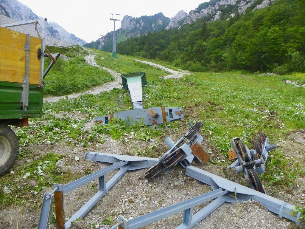 Na Zelenici odstranili nevarne, dotrajane in okoljsko zelo moteče nekdanje žičniške naprave