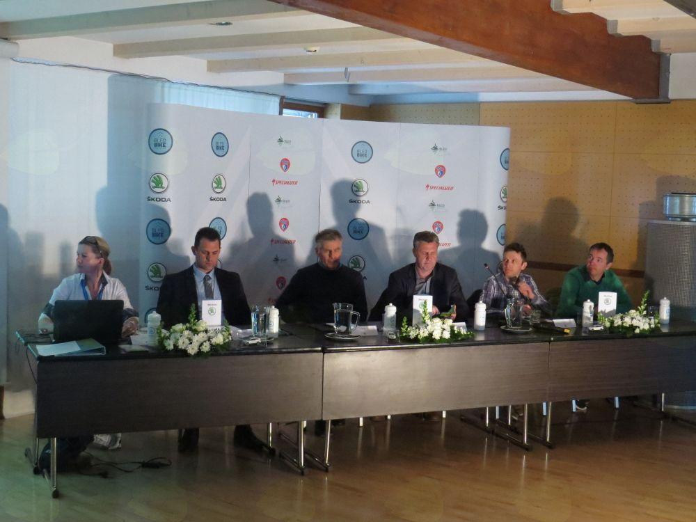 Omizje novinarske konference v Hotelu Lovec na Bledu (foto Media butik)