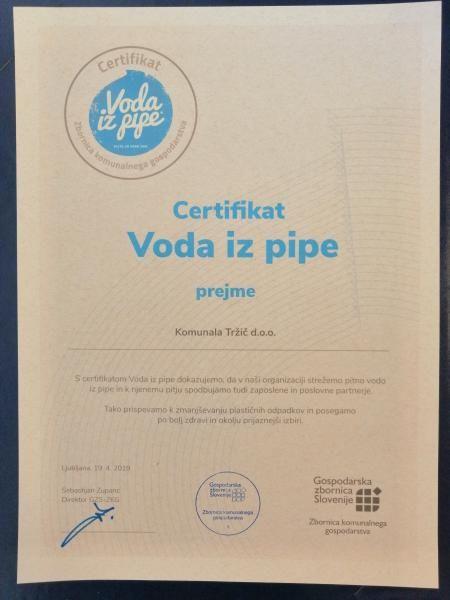 Na Občini Tržič se dogaja: Pridobili smo 50.000 evrov za nakup nujnega reševalnega vozila, Komunala Tržič d.o.o. je prejela certifikat Voda iz pipe, NIJZ razkril, kako zdravi smo v Tržiču