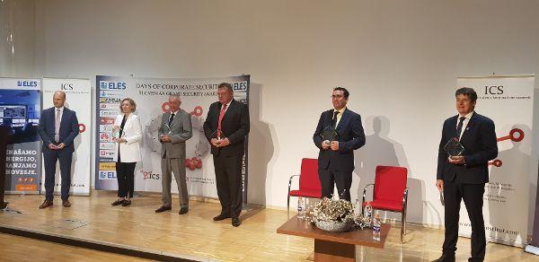 Foto: Priznanje je prevzel župan Občine Tržič mag. Borut Sajovic (foto_arhiv Občine Tržič)