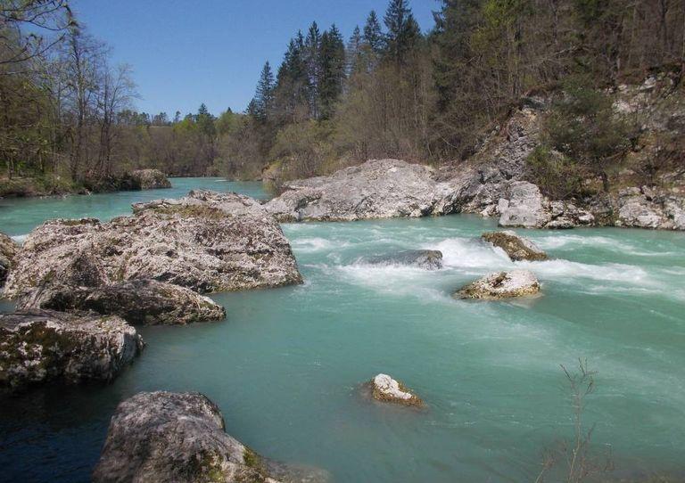 foto vir: https://www.eu-skladi.si/sl/aktualno/novice/cista-voda-za-zeleno-slovenijo-evropska-sredstva-za-odvajanje-in-ciscenje-odpadne-vode-v-porecju-zgornje-save