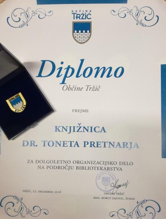Knjižnica dr. Toneta Pretnarja prejela Diplomo Občine Tržič