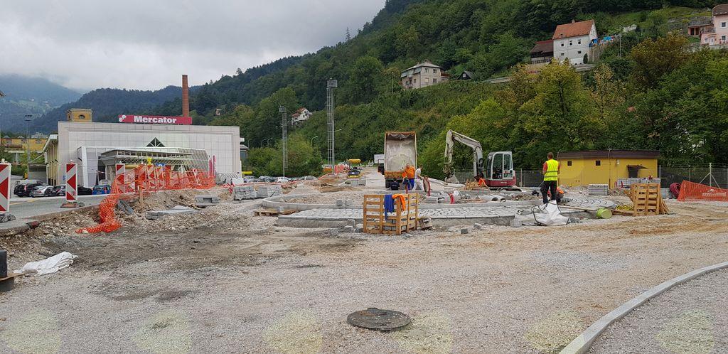 Trenutno je največ prahu med BPT, Pekom in Sokolnico. Razvojni in varnostni projekt že dobiva končne obrise, v zaključku bo z obnovo mostu korenito posegel tudi v obnavljajočo se BPT.
