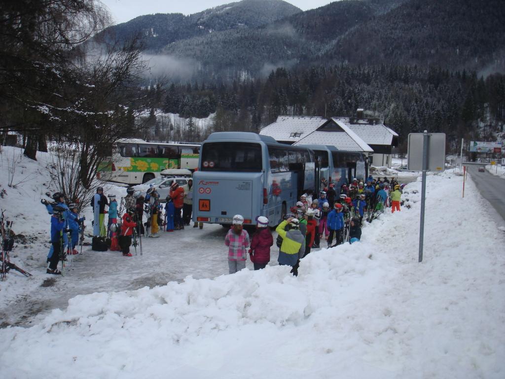 Prihod avtobusa v Kranjsko Goro