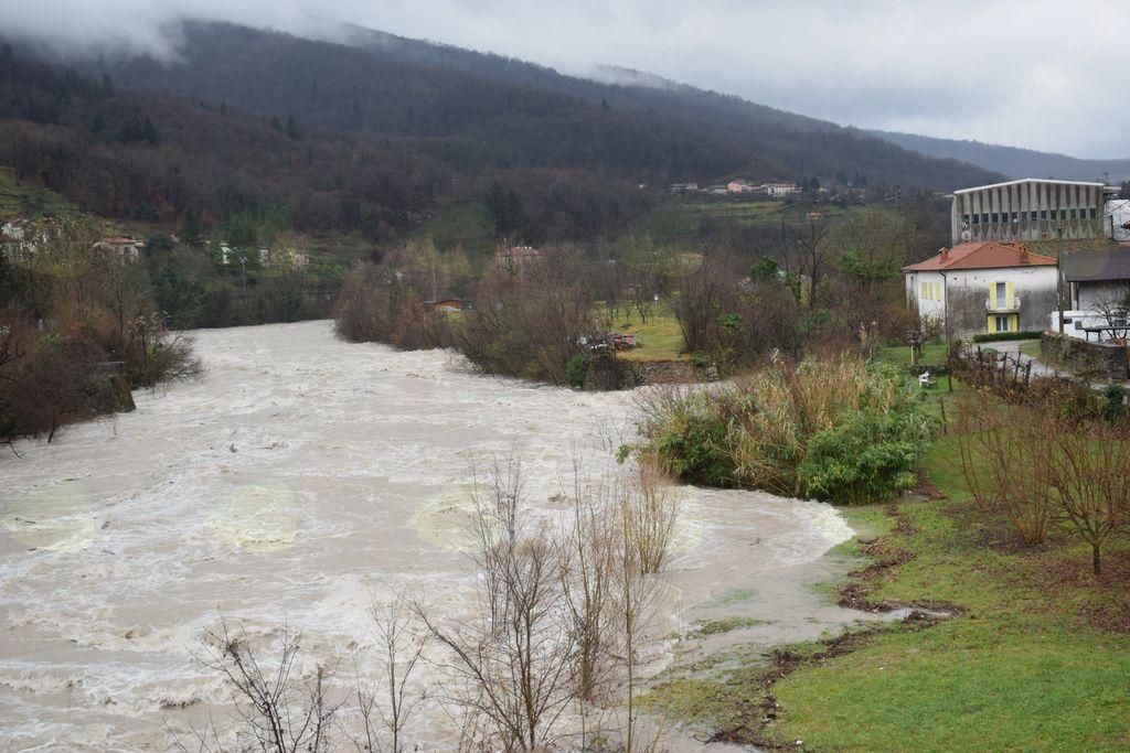 Kanal, 12.12.2017; reka Soča