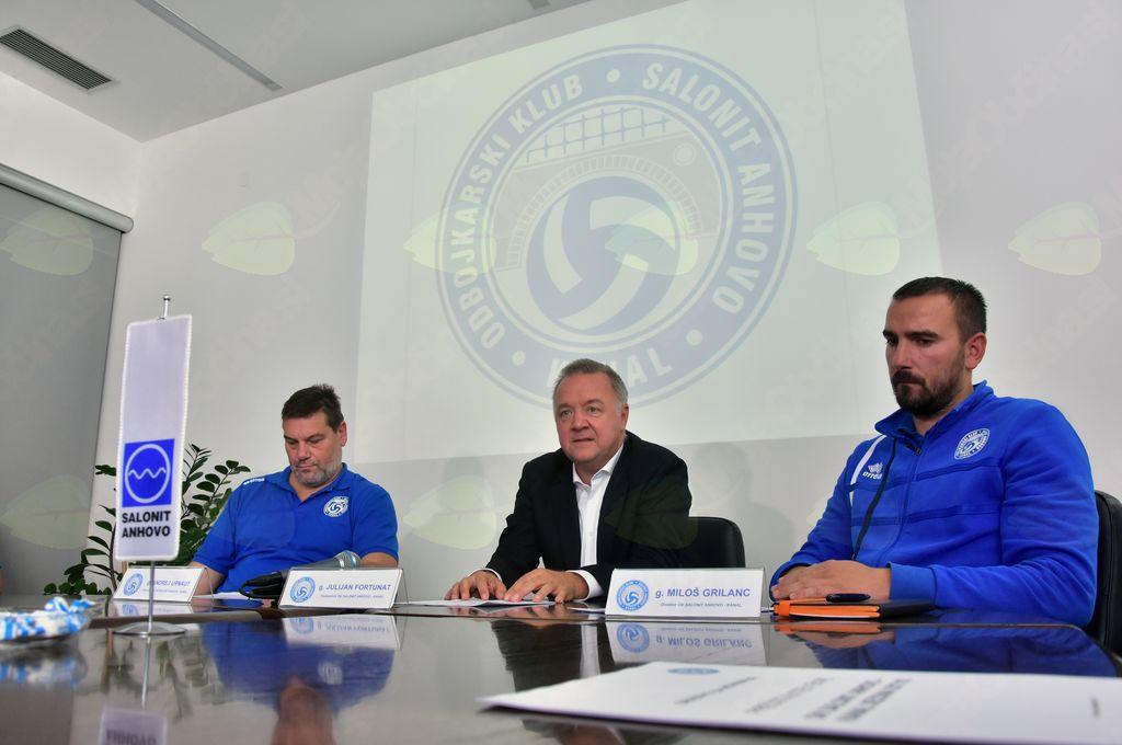 Trener članske ekipe g. Andrej Urnaut, predsednik kluba g. Julijan Fortunat in direktor kluba g. Miloš Grilanc; Foto: Borut Jurca