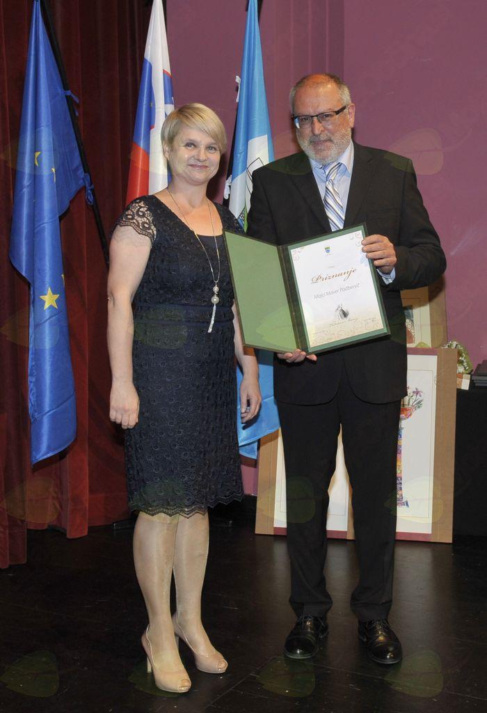 Mojca Maver Podbersič in župan Andrej Maffi. Foto: Foto atelje Pavšič Zavadlav