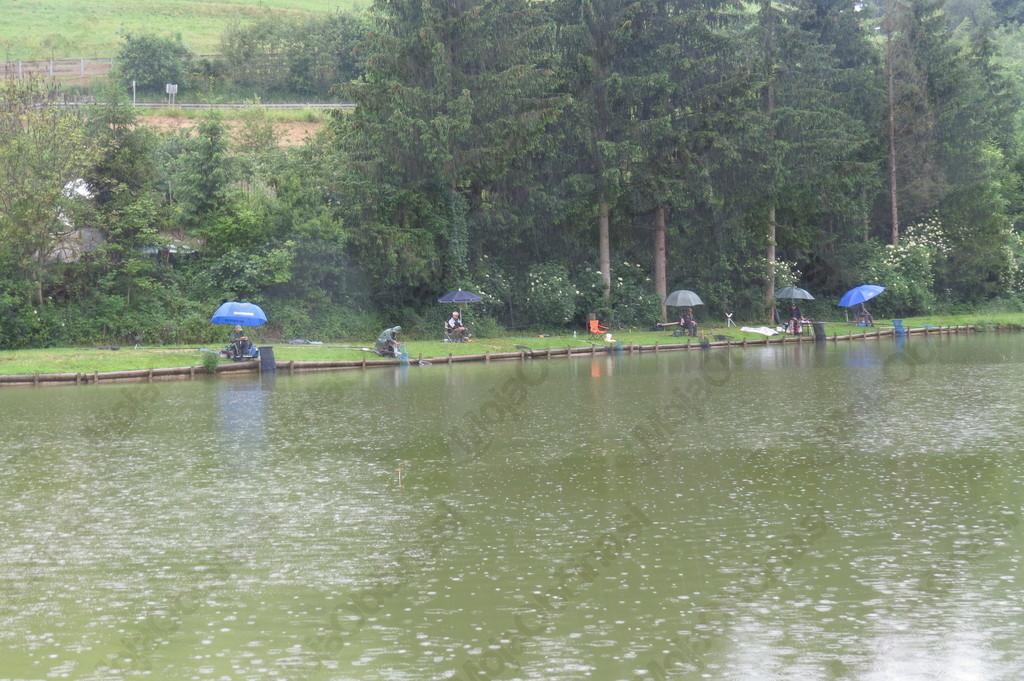 Tekmovanje v ribolovu s plovcem članov in čalanic DI Slovenj Gradec