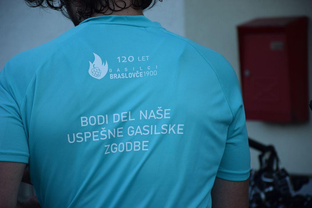 """V akciji """"S kolesom do novega vozila"""" braslovški gasilcizbirali sredstva za novo vozilo"""