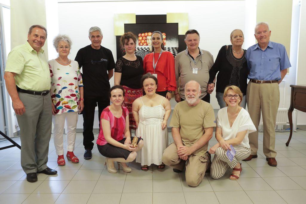 Udeleženci mednarodnega tabora likovnih samorastnikov