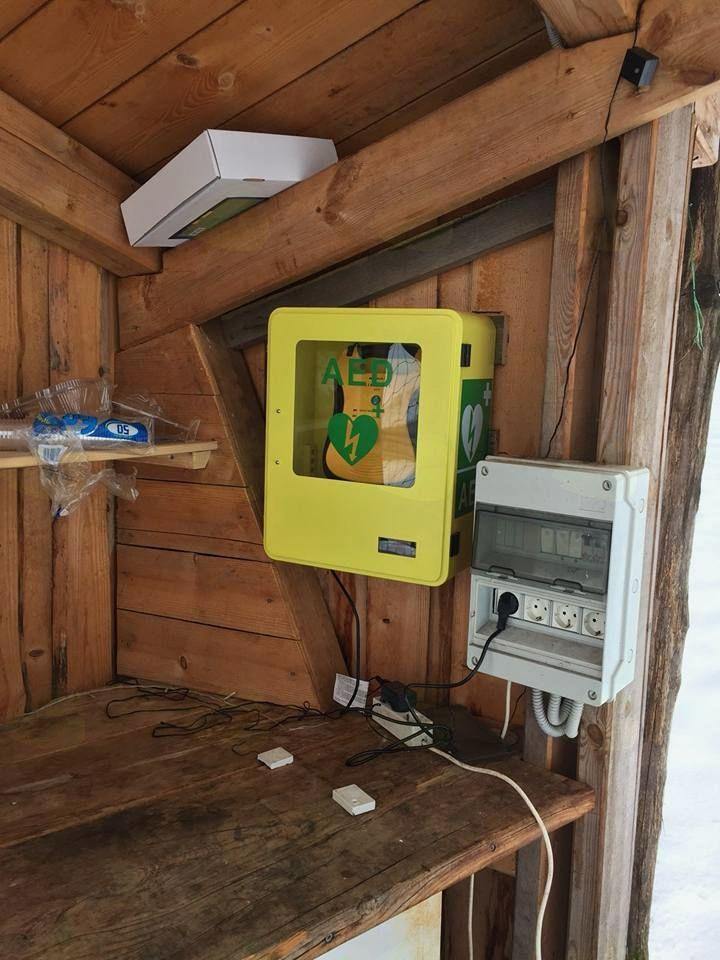 Nova defibrilatorja, kmalu še štirje in služba prvih posredovalcev