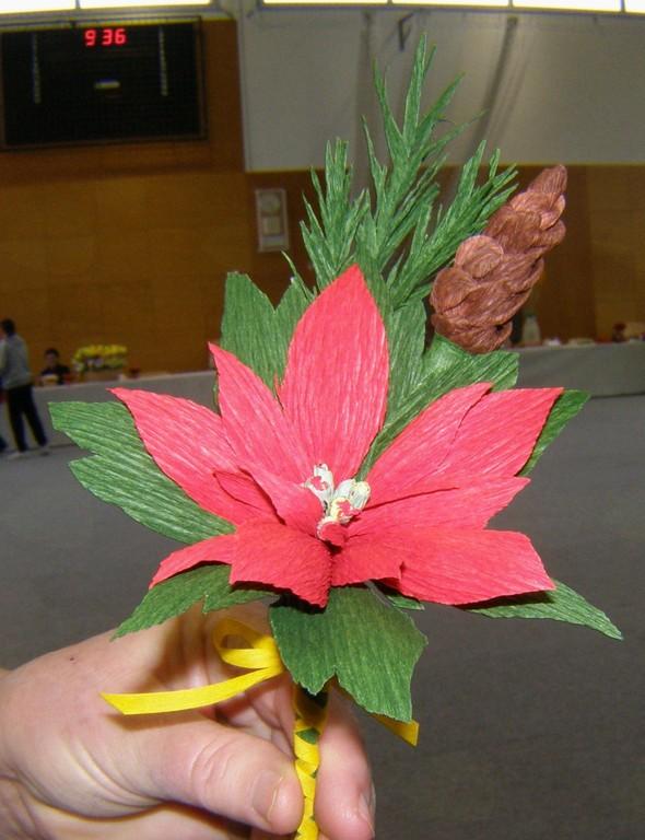 Vse slovenska razstava rož iz krep papirja