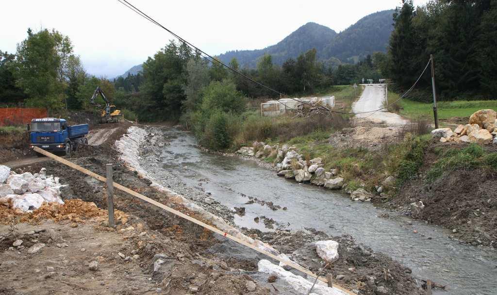 Sanacija dovozne ceste in mostu AMZS Čeplje–poligon