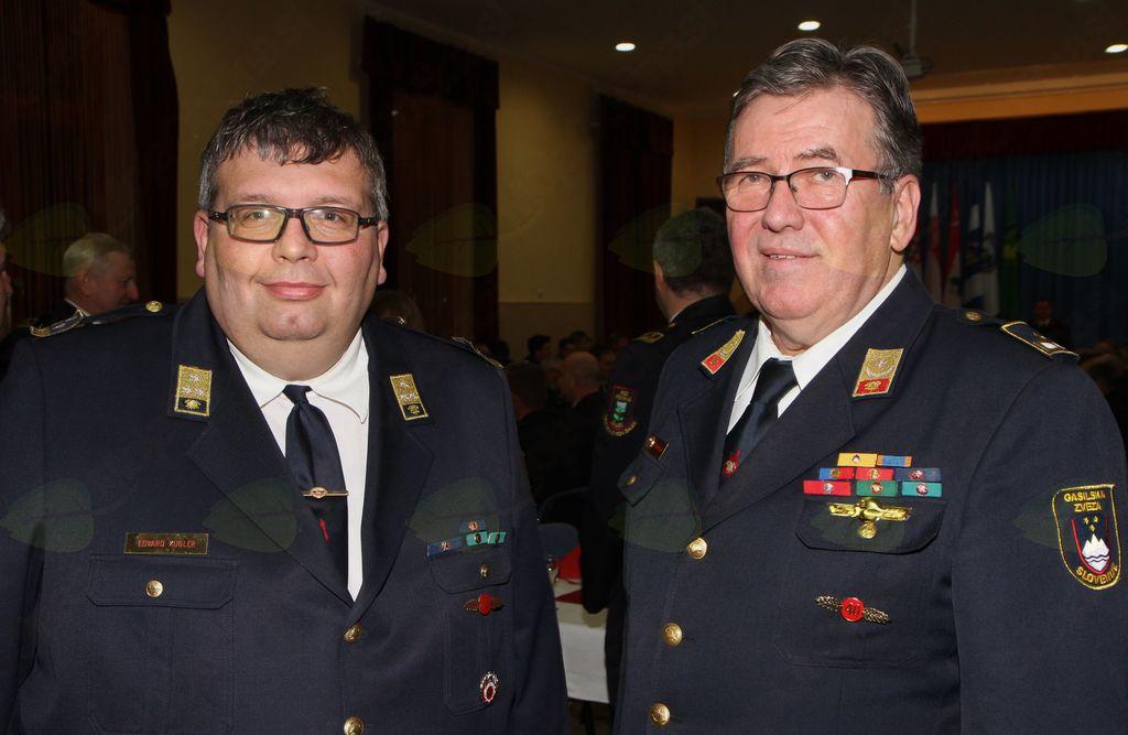 Predsednik GZ Žalec Edvard Kugler in novi poveljnik Franc Rančigaj